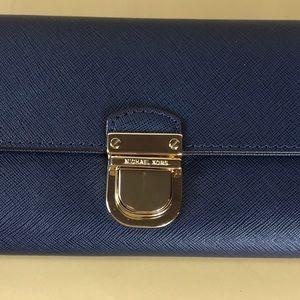 dd0246064842f0 ... Wristlet Tulip Wallet - Tradesy Michael Kors Bags - Michael Kors  Bridgette Navy Flap Wallet Michael Kors Jet Set Travel ...